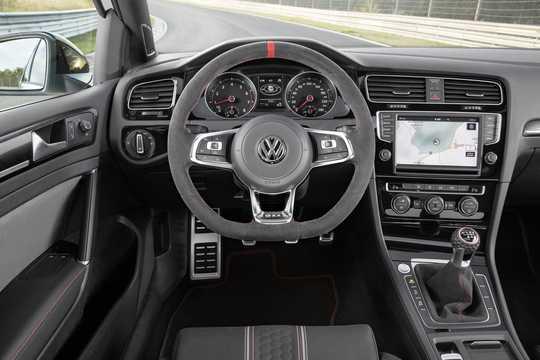 Interior of Volkswagen Golf GTI Clubsport 3-door 2.0 TSI  265hp, 2016