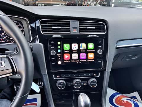 Interior of Volkswagen Golf R 5-door 2.0 4Motion DSG Sequential, 310ps, 2018