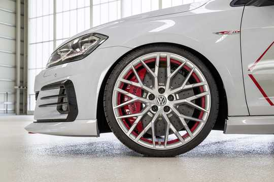 Close-up of Volkswagen Golf GTI Next Level 2.0 TSI DSG Sequential, 411hp, 2018