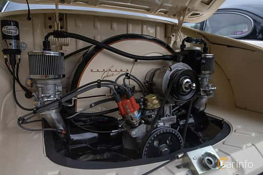 Engine compartment  of Volkswagen Karmann-Ghia 1600 1.6 Manual, 50ps, 1972 at West Coast Bug Meet 2019