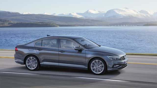Front/Side  of Volkswagen Passat 2019