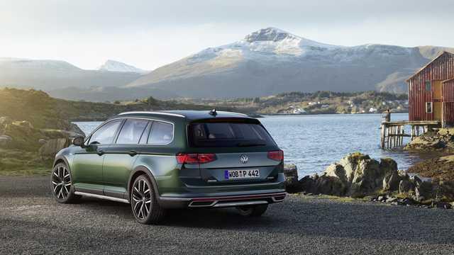Bak/Sida av Volkswagen Passat Alltrack 2019