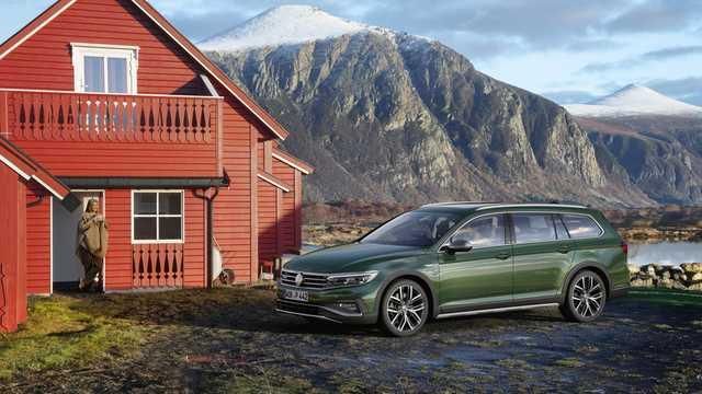 Fram/Sida av Volkswagen Passat Alltrack 2019
