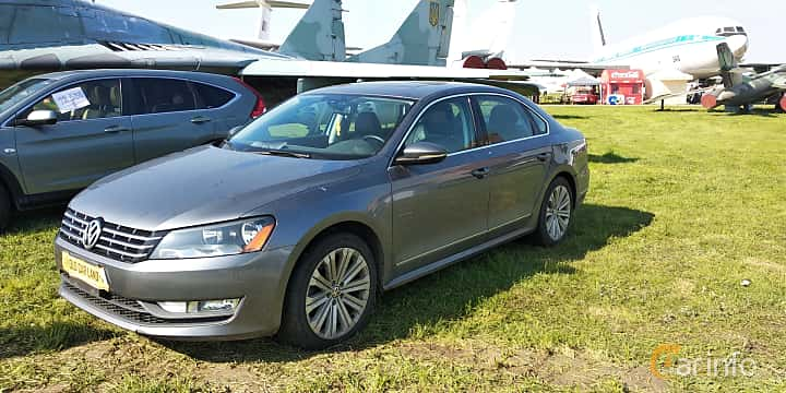 Front/Side  of Volkswagen Passat NMS 2012 at Old Car Land no.1 2019
