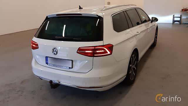 Bak/Sida av Volkswagen Passat Variant 2.0 TDI SCR BlueMotion 4Motion DSG Sequential, 190ps, 2016