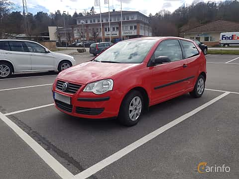 Front/Side  of Volkswagen Polo 3-door 1.4 TDI Manual, 80ps, 2006