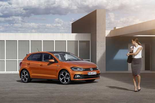 Front/Side  of Volkswagen Polo 2018