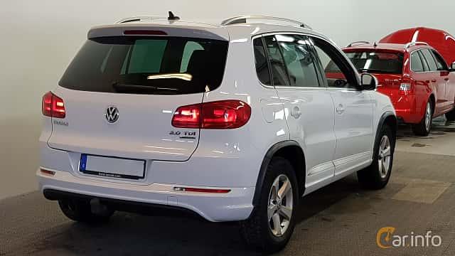 Bak/Sida av Volkswagen Tiguan 2.0 TDI BlueMotion 4Motion DSG Sequential, 177ps, 2014