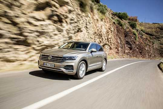 Front/Side  of Volkswagen Touareg 2019