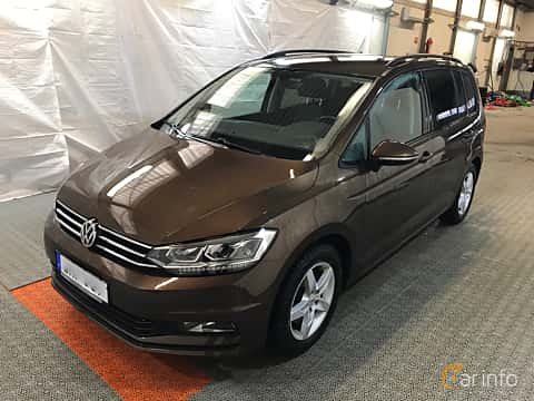 Front/Side  of Volkswagen Touran 1.6 TDI BlueMotion Manual, 115ps, 2017