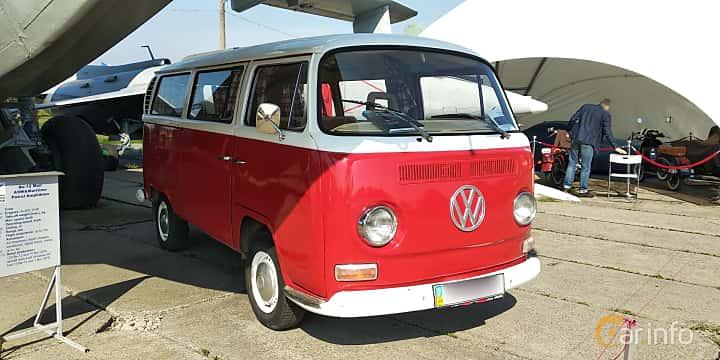Front/Side  of Volkswagen Transporter 1600 Minibus 1.6 Manual, 48ps, 1970 at Old Car Land no.1 2019
