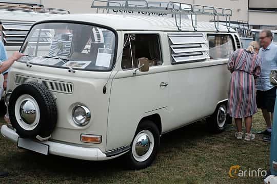 Front/Side  of Volkswagen Transporter 1600 Minibus 1.6 Manual, 48ps, 1968 at West Coast Bug Meet 2019