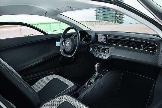 Interior of Volkswagen XL1 0.8 DSG Sequential, 48hp, 2015
