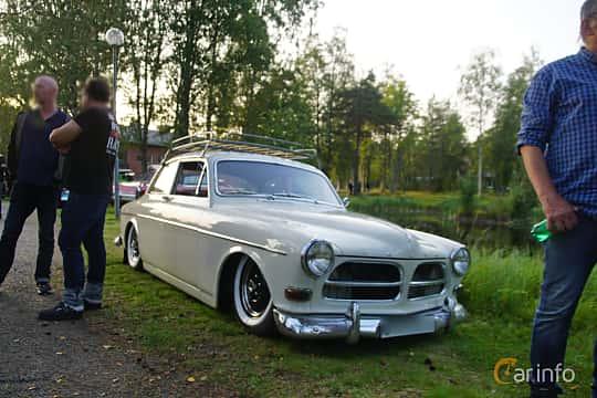 Front/Side  of Volvo Amazon 121 P130 1.8 Manual, 68ps, 1964 at Onsdagsträffar på Gammlia Umeå 2019 vecka 35