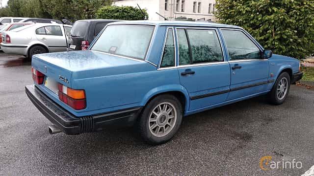 Back/Side of Volvo 744 1991 at Old Car Land no.2 2018