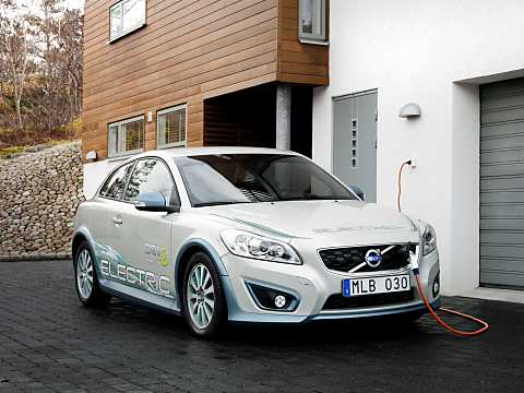 Front/Side  of Volvo C30 Electric 24 kWh Single Speed, 111hp, 2012