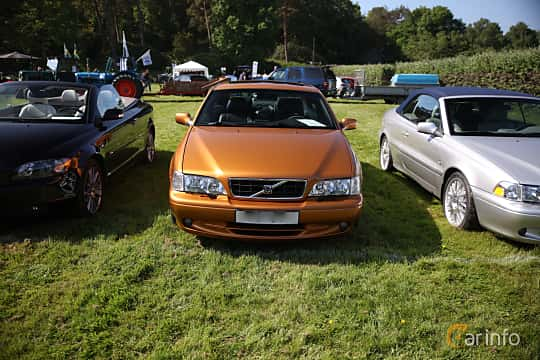 Front  of Volvo C70 Coupé 2.3 T5 Automatic, 240ps, 1998 at Tjolöholm Classic Motor 2018