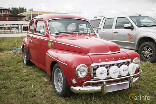 Front/Side  of Volvo PV544G Sport 1.8 Manual, 95ps, 1966 at Classic Car Week Rättvik 2015
