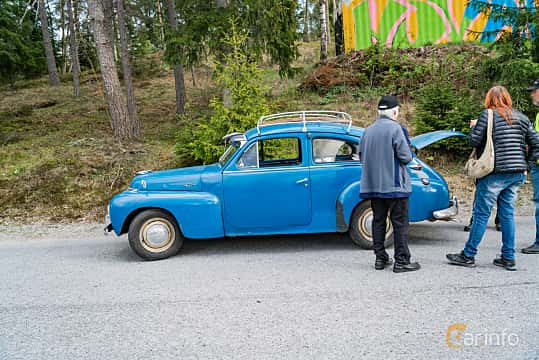 Side  of Volvo PV444KS 1.4 Manual, 52ps, 1956 at Vårcruising Järna 2019