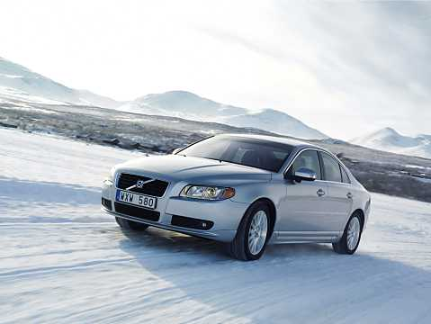 Front/Side  of Volvo S80 2009