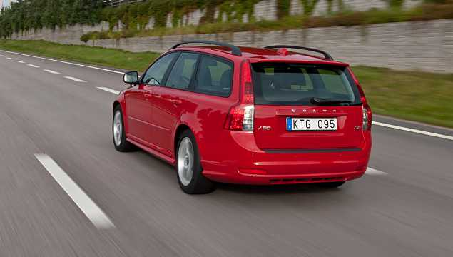 Back/Side of Volvo V50 M Facelift