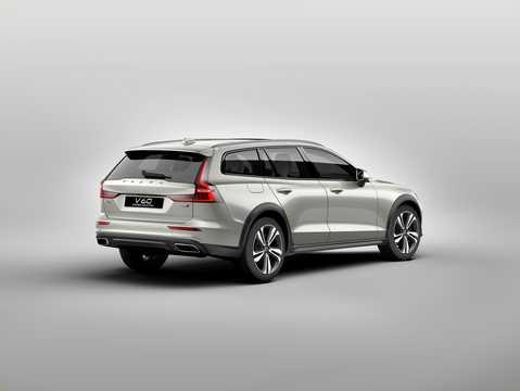 Back/Side of Volvo V60 Cross Country 2019