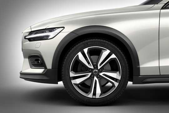 Close-up of Volvo V60 Cross Country 2019