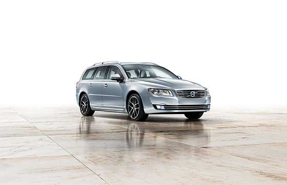Front/Side  of Volvo V70 2016