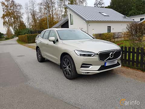 Front/Side  of Volvo XC60 2.0 T5 AWD Geartronic, 254ps, 2018