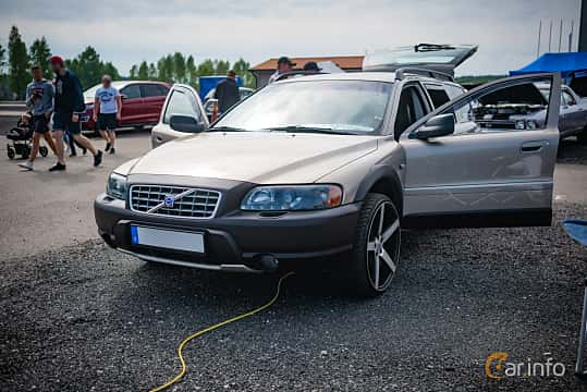 volvo xc70 manual or automatic