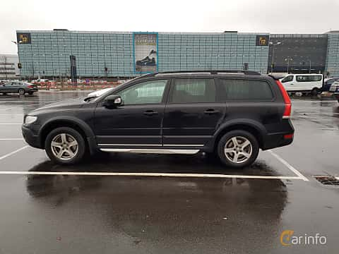 Side  of Volvo XC70 2.4 D4 AWD Geartronic, 181ps, 2016