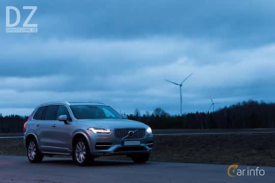 Front/Side  of Volvo XC90 D5 AWD Geartronic, 235ps, 2017