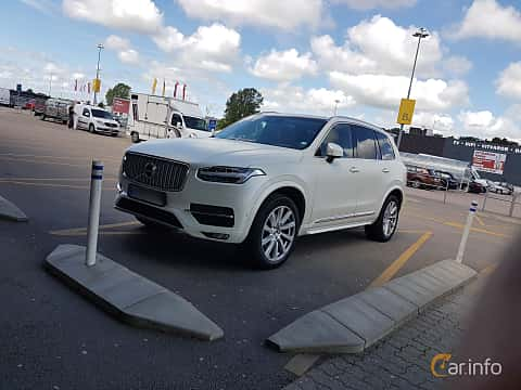 Front/Side  of Volvo XC90 Polestar 2.0 D5 AWD Geartronic, 233ps, 2016