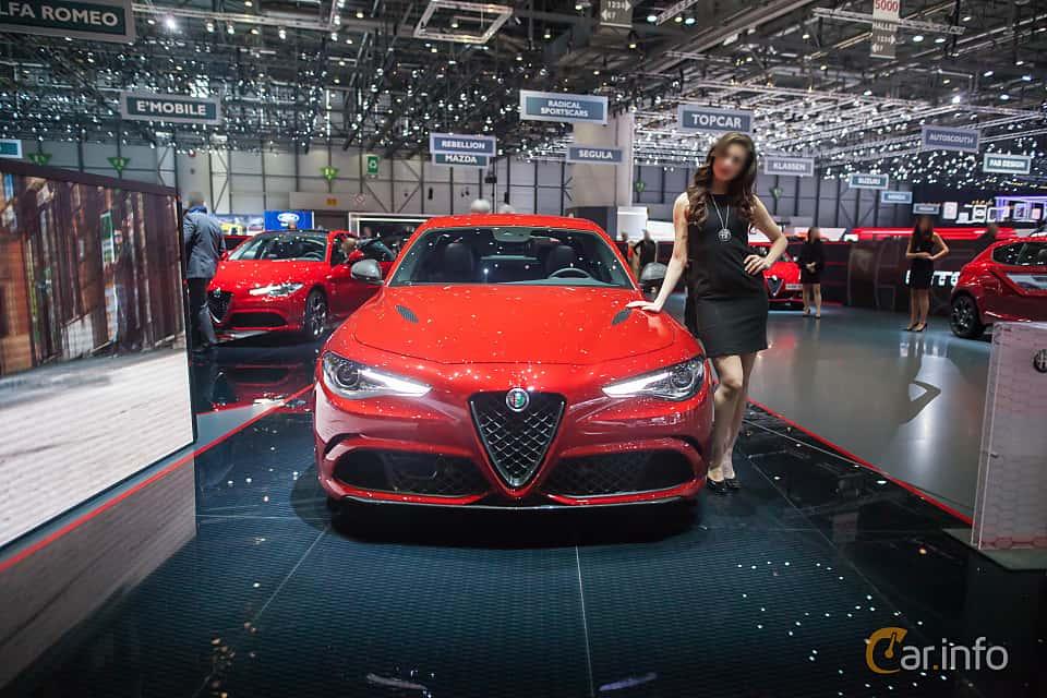 Fram av Alfa Romeo Giulia Quadrifoglio 2.9 V6 QV Automatic, 510ps, 2017 på Geneva Motor Show 2017