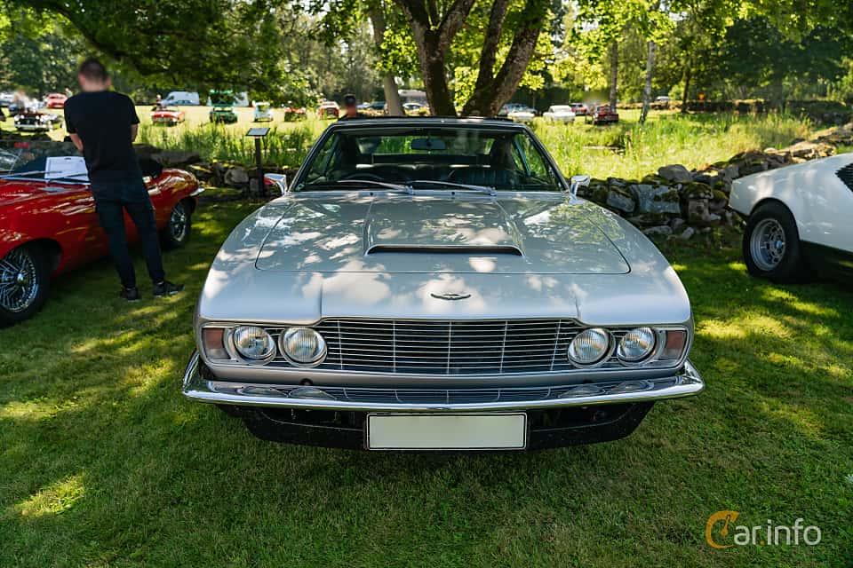 Front  of Aston Martin DBS Vantage 4.0 V6 Automatic, 325ps, 1970 at Sportbilsklassiker Stockamöllan 2019