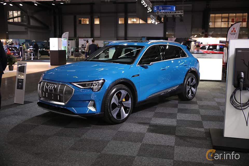 Front/Side  of Audi e-tron 55 quattro  Single Speed, 408ps, 2019 at eCar Expo Göteborg 2018