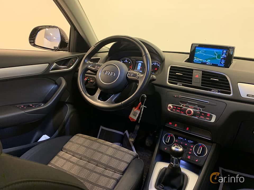 Interior of Audi Q3 2.0 TDI quattro Manual, 150ps, 2017