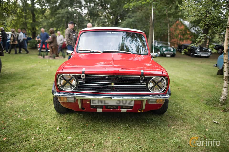 Front  of Austin Mini Clubman 1000 1.0 Manual, 39ps, 1972 at Billesholms Veteranbilsträff September / 2015