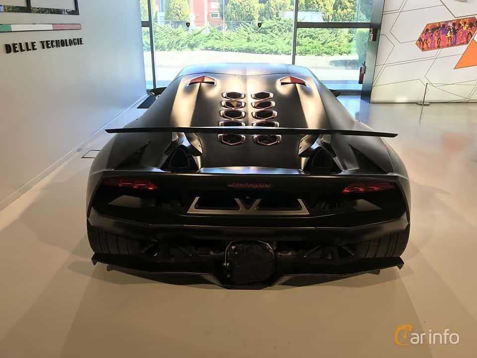 10 Images Of Lamborghini Sesto Elemento 5 2 V10 Semi Automatic