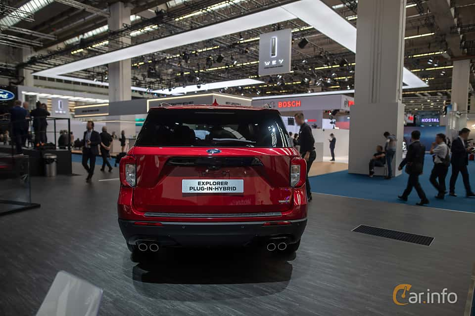 Back of Ford Explorer Plug-In-Hybrid  Automatic, 457ps, 2020 at IAA 2019