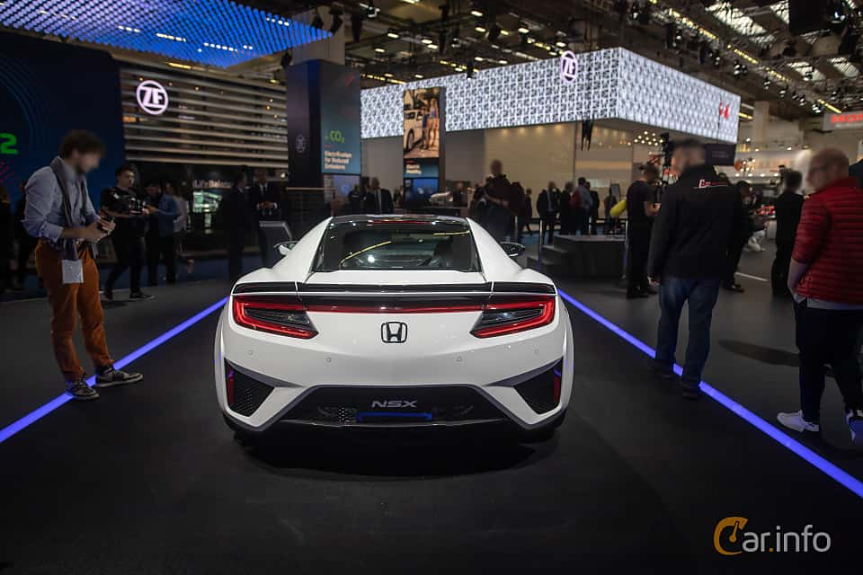 Back of Honda NSX 3.5 V6 SH-AWD DCT, 581ps, 2020 at IAA 2019