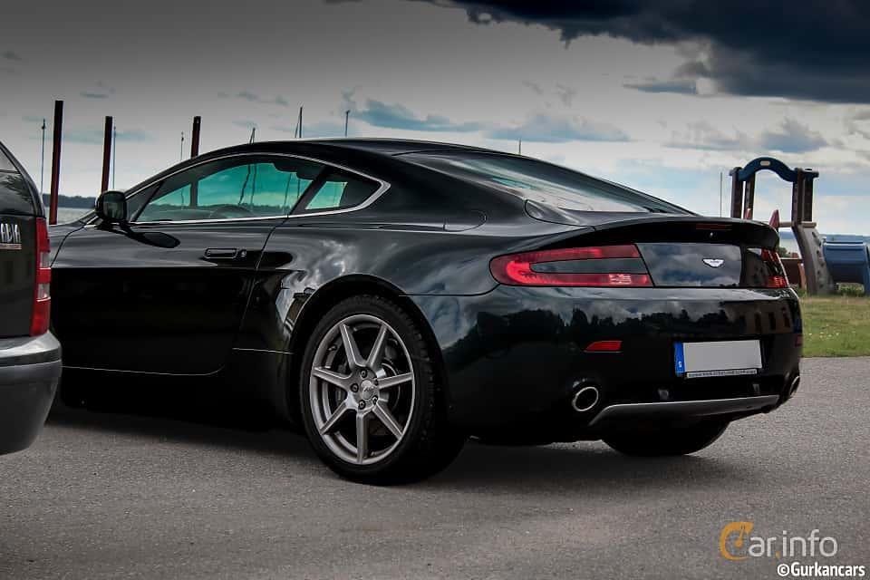 Back/Side of Aston Martin Vantage 2009