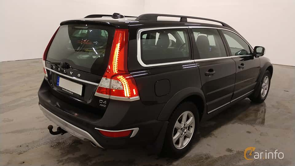Back/Side of Volvo XC70 D4 AWD Geartronic, 181ps, 2015