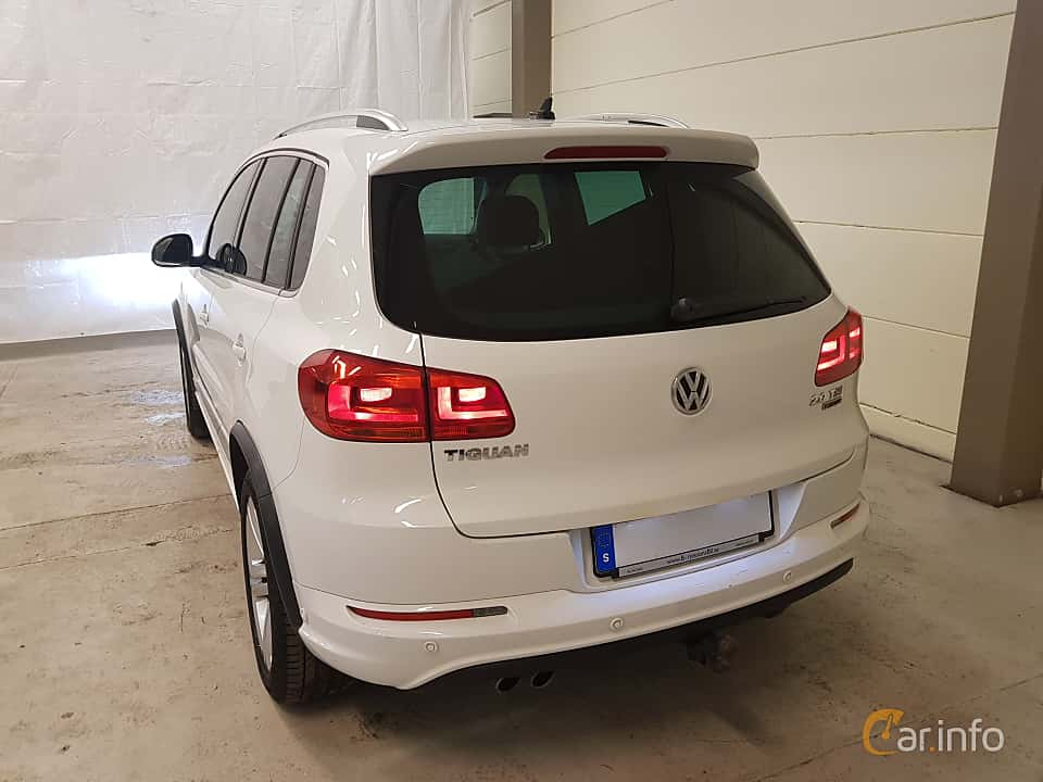 Back/Side of Volkswagen Tiguan 2.0 TDI 4Motion DSG Sequential, 184ps, 2016