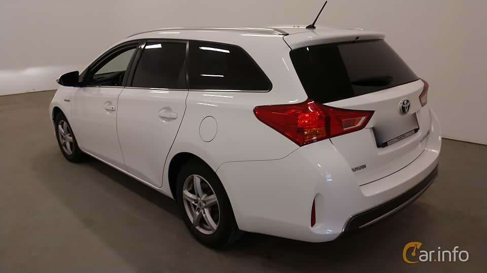 Back/Side of Toyota Auris Touring Sports Hybrid 1.8 VVT-i + 3JM CVT, 136ps, 2014