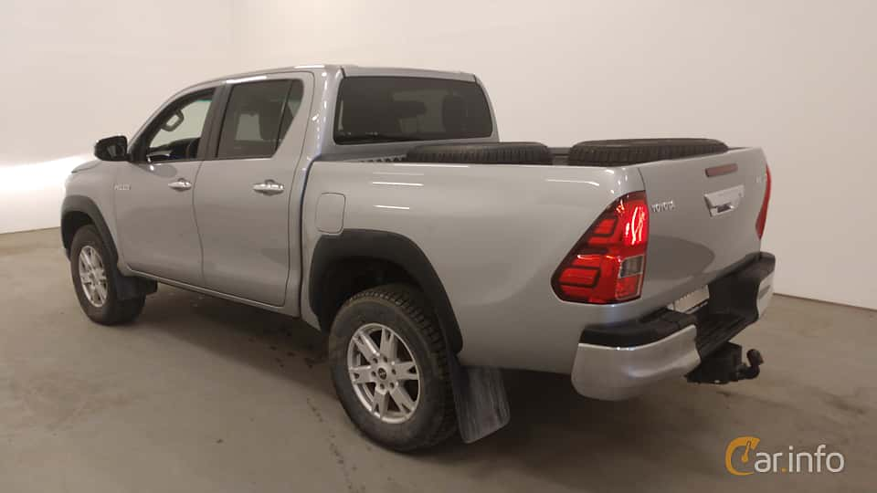 Back/Side of Toyota Hilux Double Cab 2.4 AWD Automatic, 150ps, 2018