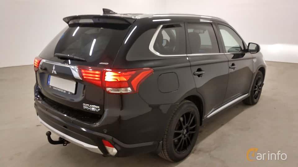 Back/Side of Mitsubishi Outlander P-HEV 2.0 Hybrid 4WD CVT, 203ps, 2016