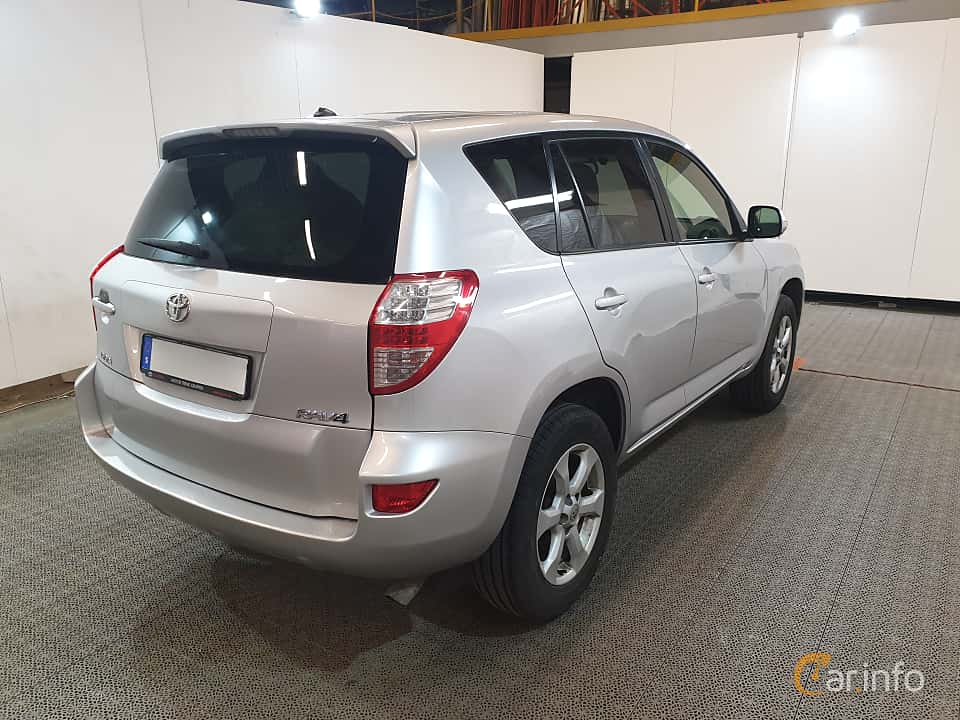 Back/Side of Toyota RAV4 2.2 D-4D 4x4 Automatic, 150ps, 2011
