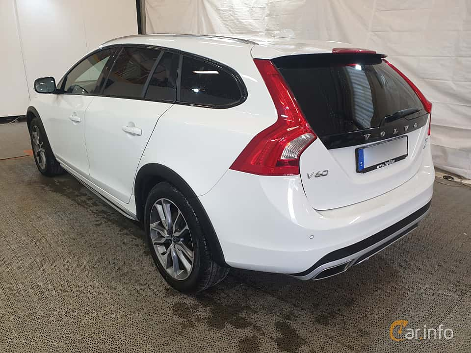 Back/Side of Volvo V60 Cross Country D4 AWD Geartronic, 190ps, 2016
