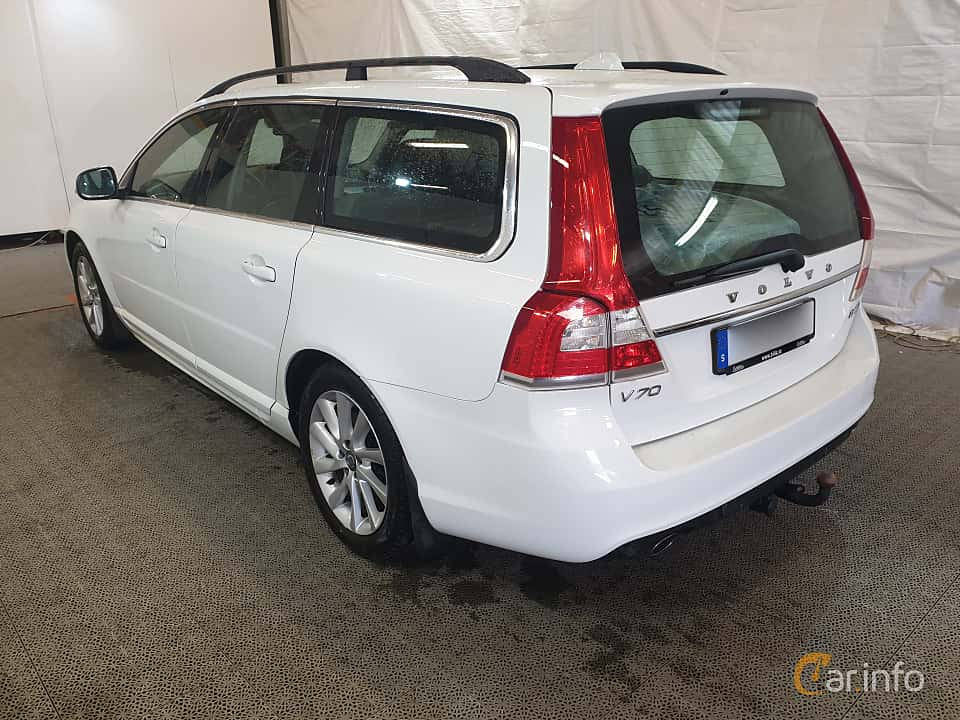 Back/Side of Volvo V70 D4 AWD Geartronic, 181ps, 2016
